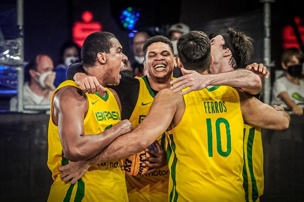 Seleção brasileira de basquete 3x3 está nas quartas do Pré-Olímpico Mundial
