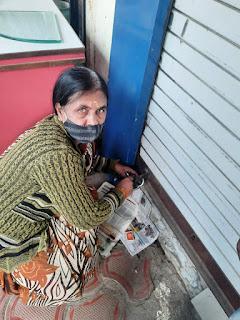 जनसुनवाई में आई नर्मदाबाई को अपनी दुकान का कब्जा मिला