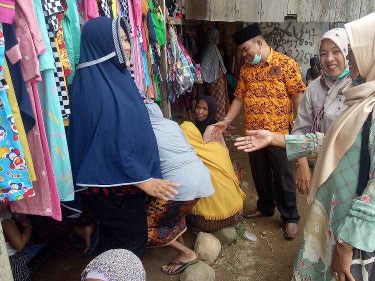 M. Yusuf Ketua Hanura Jambi Turun Gunung, Wakili Paslon 01 Bungo Silaturrahmi Dengan Warga Kec. Batin3 ulu.