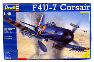 Galerie photos de la maquette du F4U-7 Corsair French Navy de Revell au 1/48.