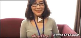 Bokep Korea Ngentot Sama Sekertaris Berkacamata di Hotel