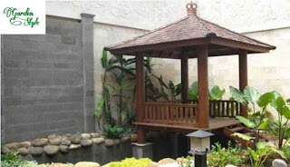 saung/gazebo dengan kolam