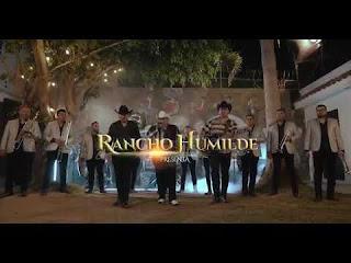LETRA Treinta Cartas El Coyote y Su Banda Tierra Santa ft Los Hijos De Barron