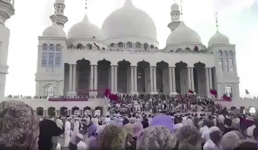 the Grand Mosque in north-western Weizhou