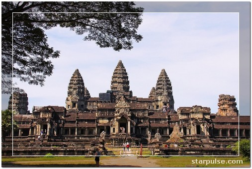Ankor Wat, Cambodia - Top 11 Epic Places Absolutely Must Visit for Young Travelers