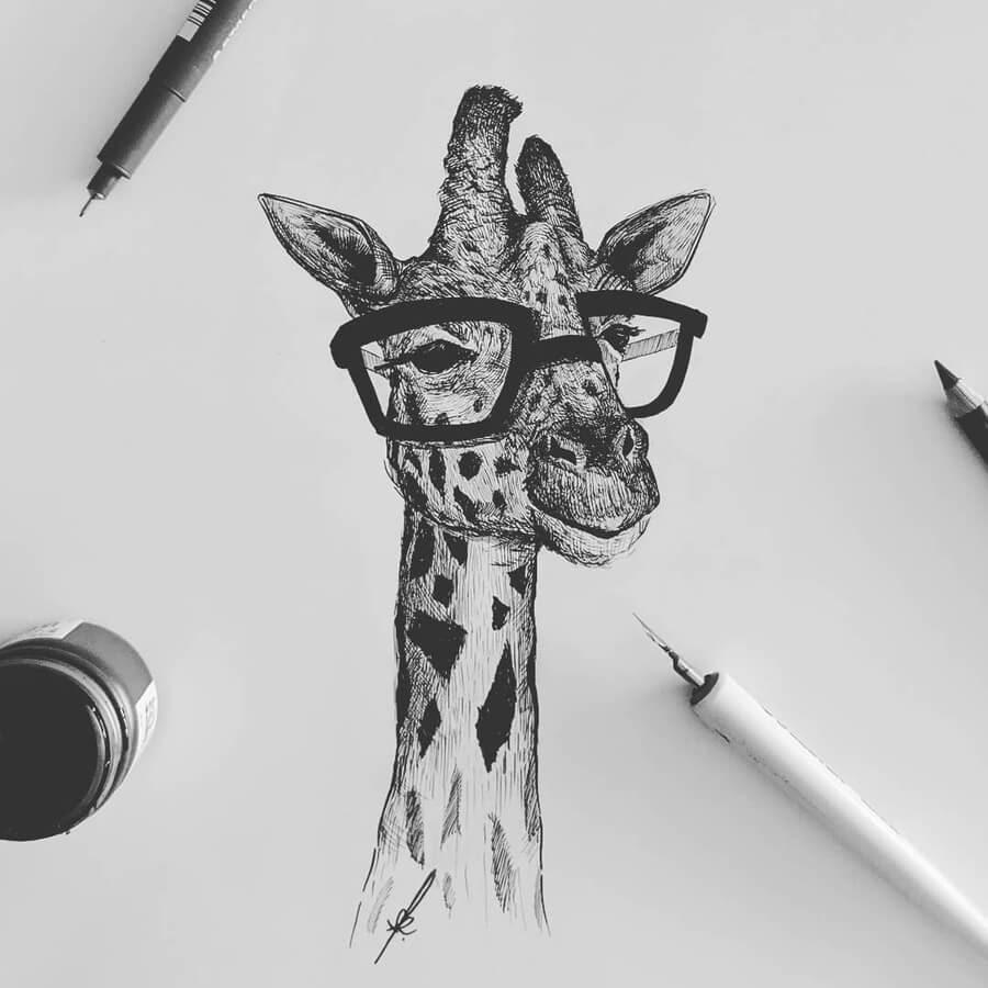 03-The-fashionable-giraffe-www-designstack-co