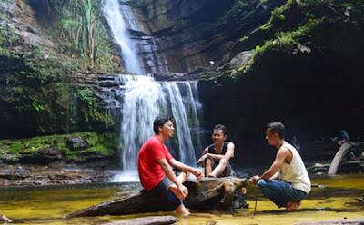 wisata air terjun di pekanbaru