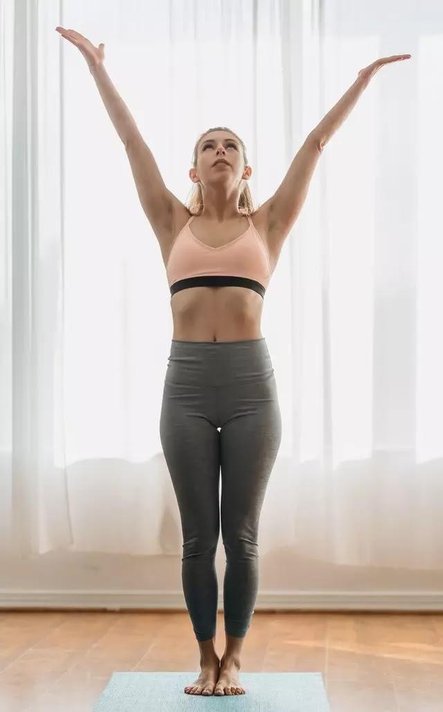 Tadasana-Pose-Mountain-Pose-and-its-Benefits-back-pain-precautions