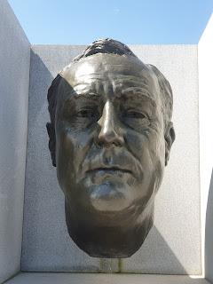פסל של רוזוולט