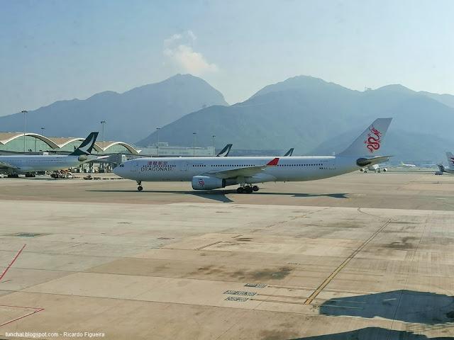 DRAGONAIR - A330 - HONG KONG