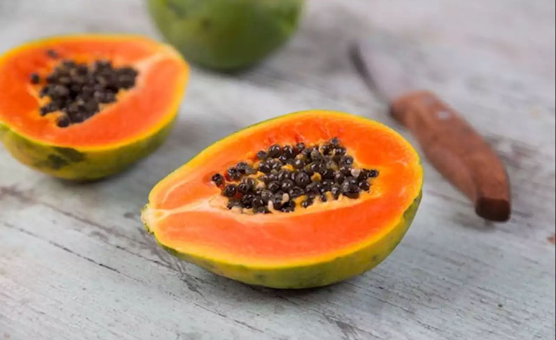 Fight Bloating, Skin Aging, and Disease with This Tropical Fruit