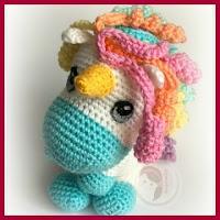 Bebé unicornio amigurumi
