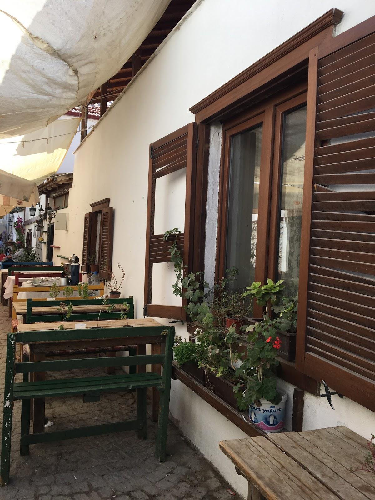Ev yapımı ürünlerini otel ve AVMlere satıyorlar