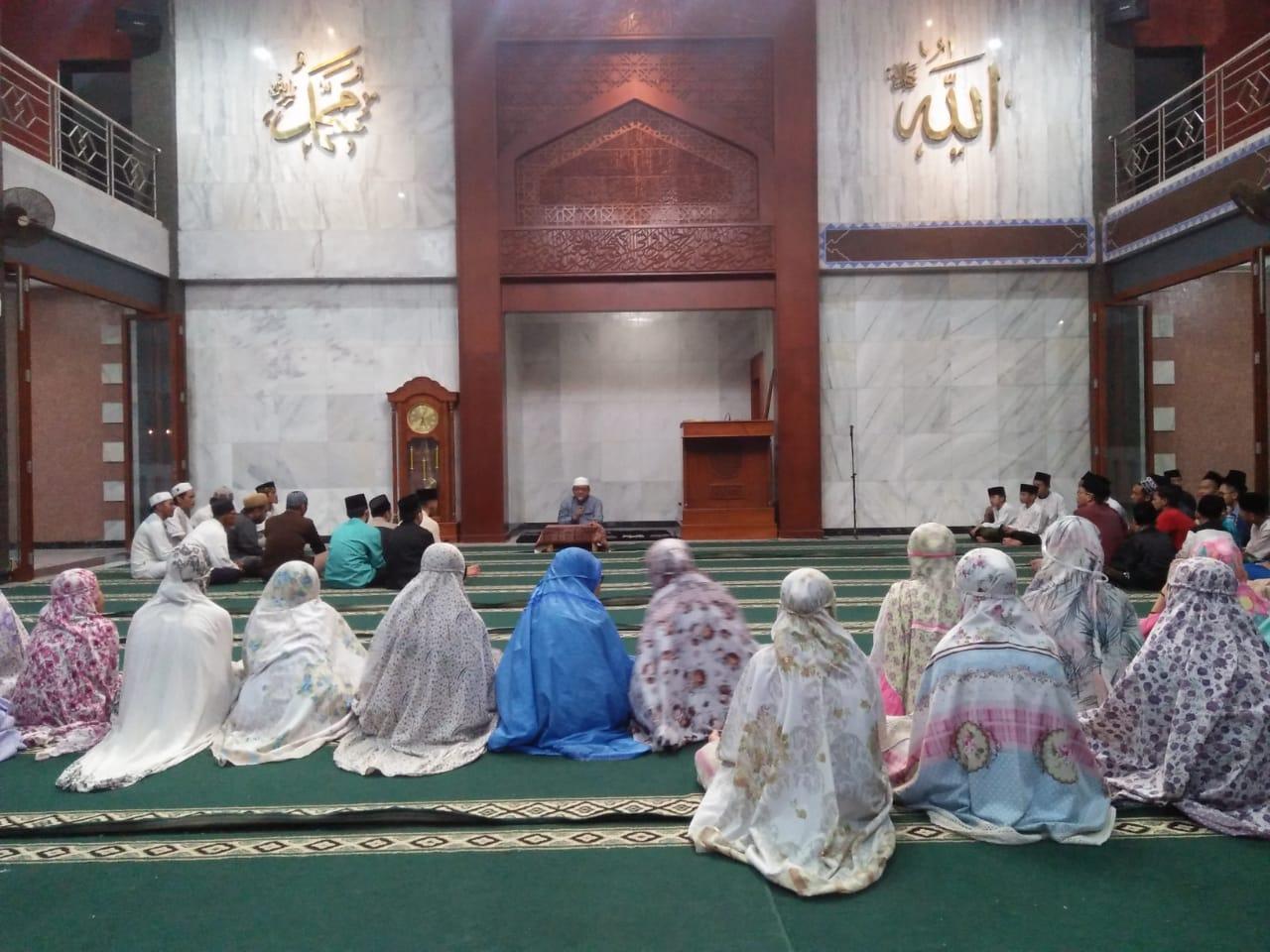 Kiai Enha Bertutur (2): Islam, Dari Rahim Menuju Rahmat