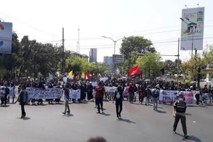 Mahasiswa Soloraya Bergerak Gelar Demo Besar-besaran