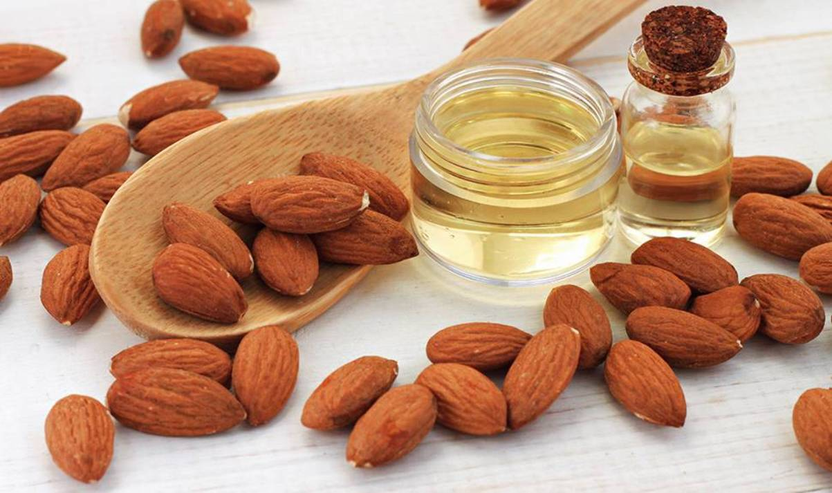 Best Uses of Almond Oil
