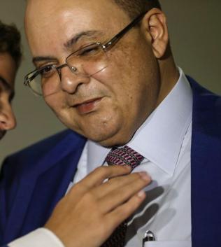 Governador do DF quer gastar 63 milhões com publicidade