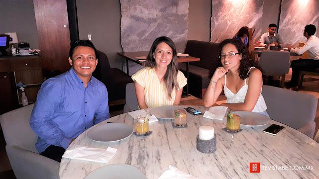 David Gómez, Jessica Castillo y Roxana Morejon.