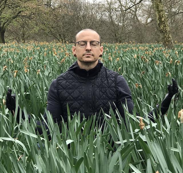 O fim de uma era, Chester Bennington, vocalista do Linkin Park, comete suicídio aos 41 anos