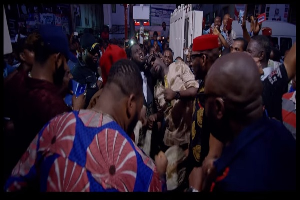 VIDEO : Faze - Business Man ft. Harrysong