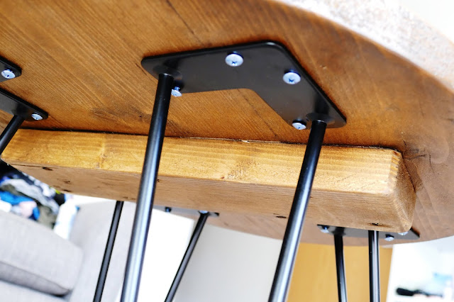 JPdoesstuff Review,JPdoesstuff etsy,JPdoesstuff Review blog,JPdoesstuff furniture,industrial coffee table uk,industrial furniture etsy,JPdoesstuff,wooden coffee table hairpin legs,