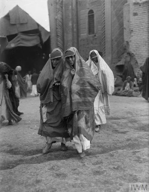 This image has an empty alt attribute; its file name is IWM%2Bbaghdad%2Bwomen%2B1.jpg