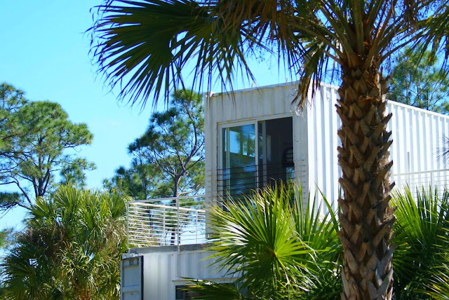 Headwaters Eco Retreat Shipping Container House, Florida 4