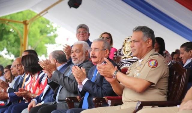 Presidente Medina encabeza desfile por Batalla del 30 de Marzo