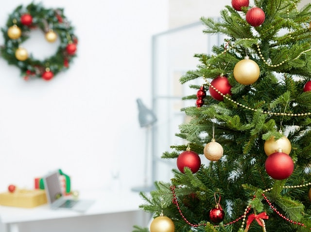 christmas preparation tips holiday decor office decorations xmas
