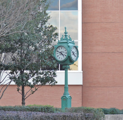Sweeney Post Clock at the Hobby Center (Jan 2013 pic)