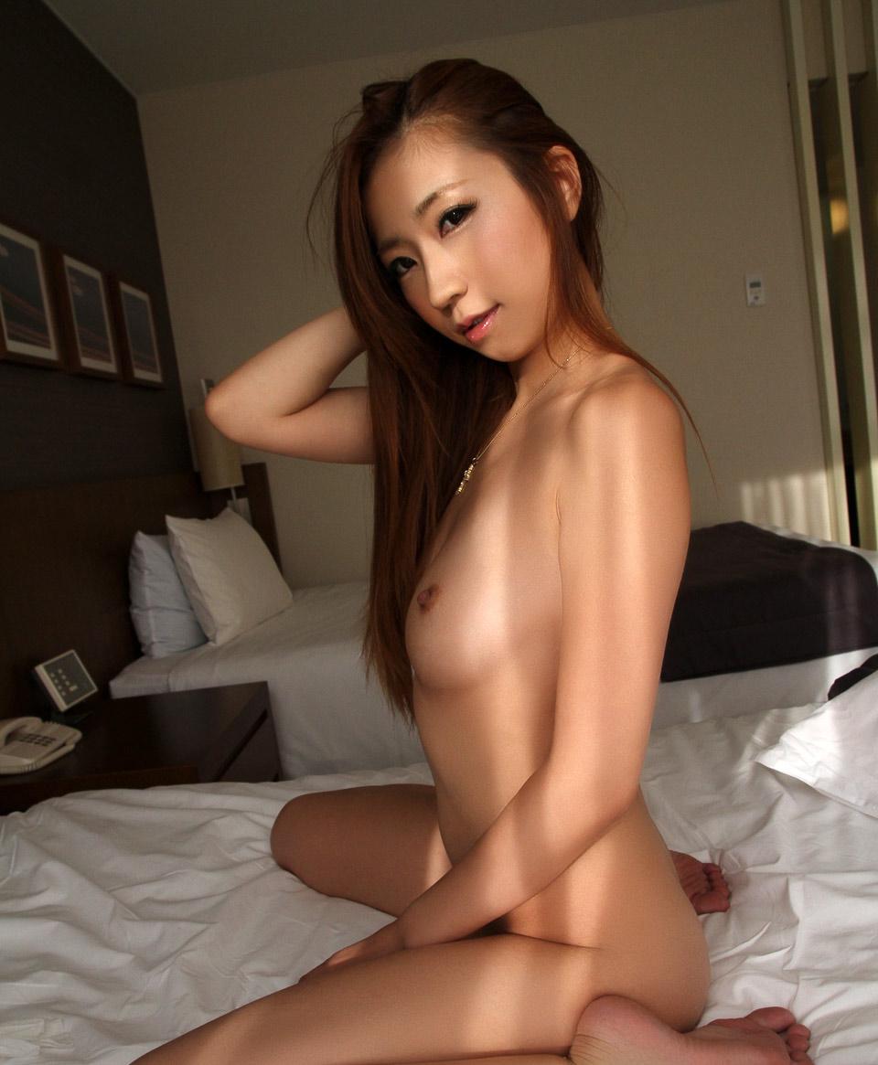 eri inoue sexy naked pics 04
