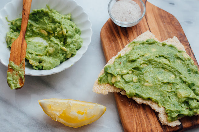 "Avocado ""Toast"" + a Yucan Crunch giveaway (AIP & Paleo)"