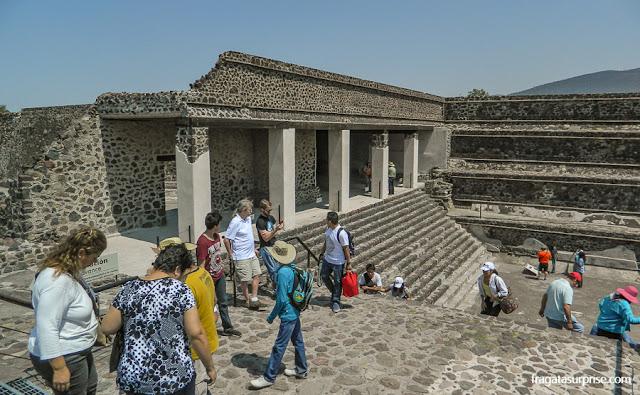 """O Palácio de Quetzalpapálotl (""""a borboleta emplumada"""") de Teotihuacán"""
