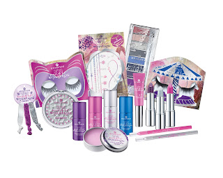 Preview: essence TE - step into magic wonderland - www.annitschkasblog.de