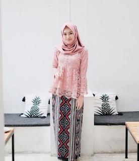 model kebaya brokat 2019 hijab