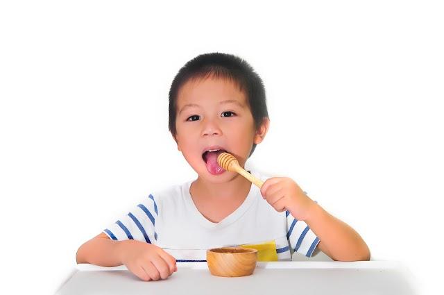 Tips Memilih Madu Murni Terbaik untuk Anak