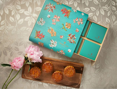 Source: Shangri-La Hotel, Singapore. The Shang Palace Four Treasures Baked Mooncake Gift Set.
