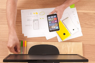 How to Blog From Your Smartphone   Top 5 Must Have Apps For Bloggers