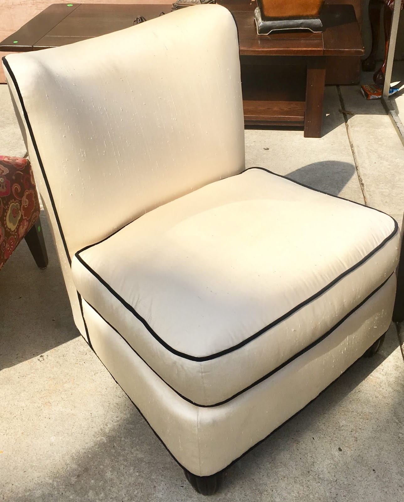 Brilliant Uhuru Furniture Collectibles 467111 Cream Armless Chair Ibusinesslaw Wood Chair Design Ideas Ibusinesslaworg