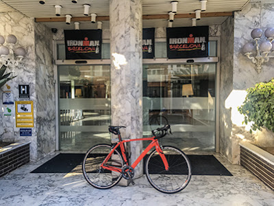 carbon road bike rental Tradeinn International Triathlon 140.6INN