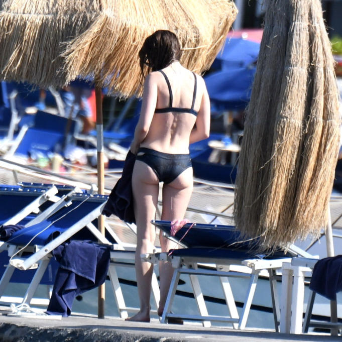 Lily Collins Hot Ass Photos