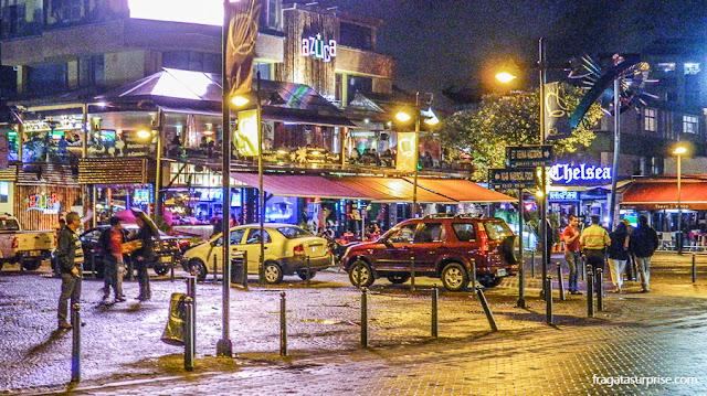 Plaza Foch, bairro de La Mariscal, Quito, Equador