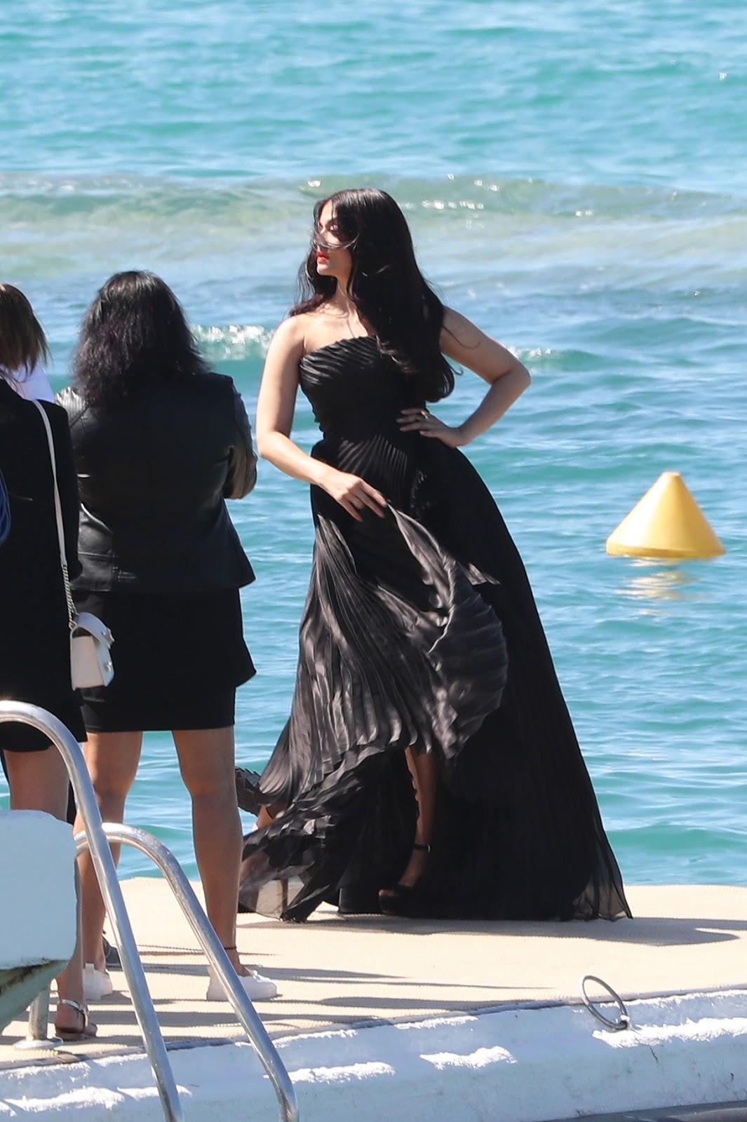 Aishwarya Rai - Hot Celebrity Pictures