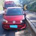 Motorista bate o carro em guard rail após desmaiar