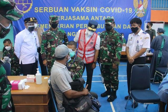 Pangdam III/Siliwangi Bersama Menhub Tinjau Serbuan Vaksinasi Di Bogor