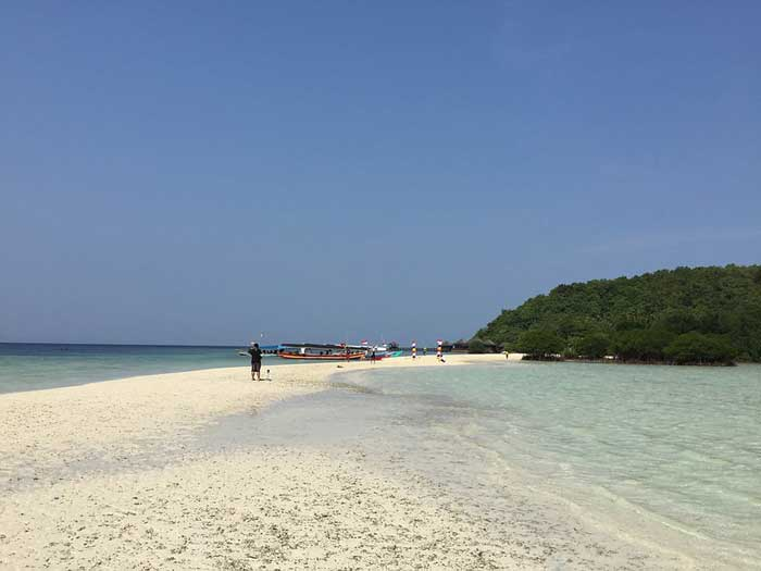 Fasilitas Wisata Pahawang Island Lampung