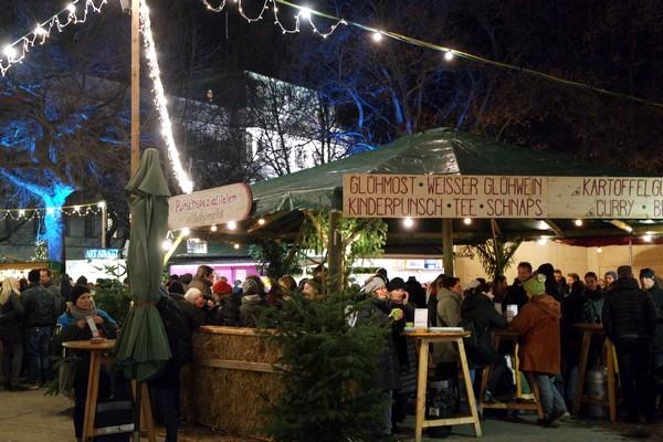 vienne vienna marché Noël weihnachtsmarkt karlsplatz