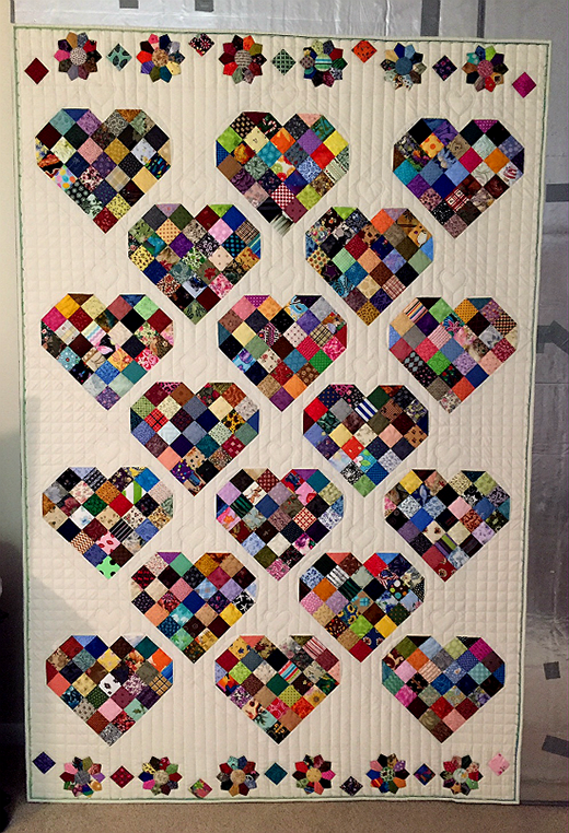 Valentine Candy Quilt designed by @JENNR8R from Quilting Board