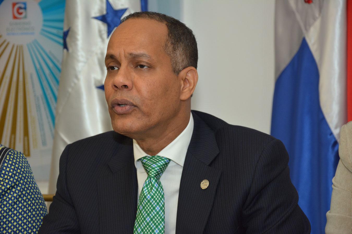 Armando García