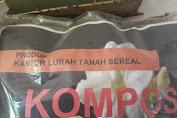 Berikut Pupuk Organik Dari Sampah Kota Produk Kelurahan Tanah Sereal.